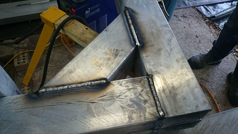 neck_sides_fully_welded