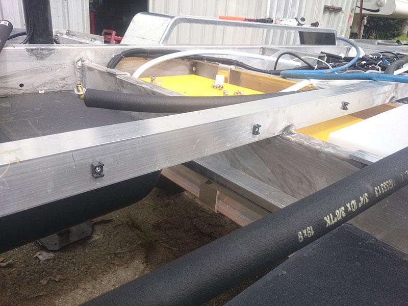 hot_water_pipe_saddles